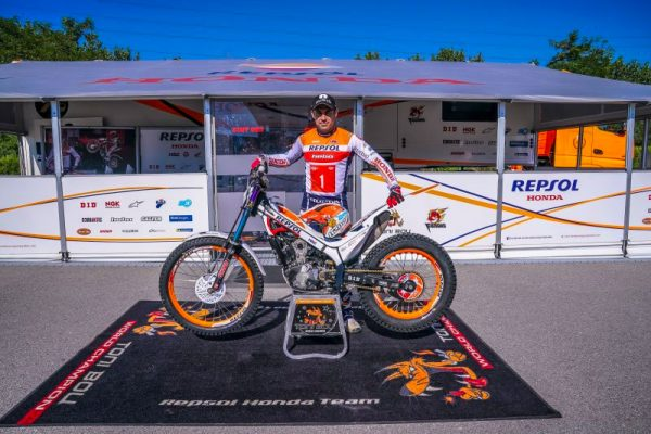 Bou and Fujinami together for a fifteenth season with Repsol Honda Team